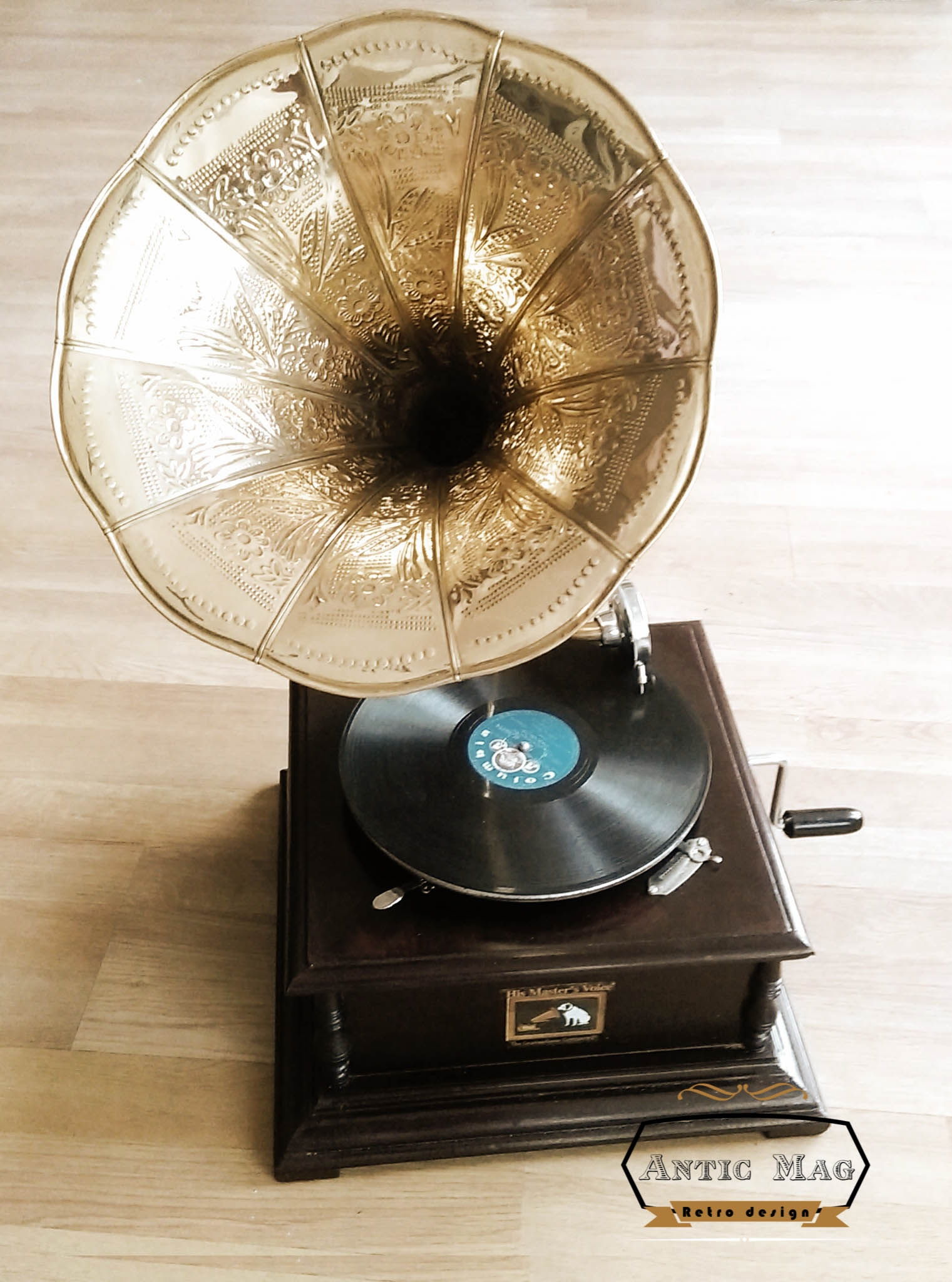 Gramofon His Master Voice